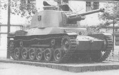 """Type 3 Medium Tank """"Chi-Nu"""" 1944 This tank was developed in order to cope with M4 Sherman. Its hull is the same of Chi-He and its gun was converted from Type 90 field gun. Chi-Nu was deployed in Japan proper to prevent expected Allied invasion."""