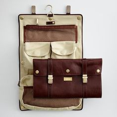 Personal Toiletries - leather and vintage model, lavish look not fit for outdoor traveling Leather Suitcase, Leather Laptop Bag, Laptop Bags, Suitcase Packing Tips, Personalised Gifts Unique, Travel Accessories, Clothing Accessories, Shoe Box, Travel Style