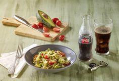 Σαλάτα φακές με κους κους, ρόδι και φέτα-featured_image Food Categories, Veggie Dishes, Feta, Salads, Veggies, Healthy Eating, Chicken, Cooking, Recipes