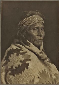 Slan-Ee-Nez (aka Tall Soldier) - Navajo - 1920 Indian Tribes, Native American Tribes, Native American History, Navajo People, Indian Face, Trail Of Tears, First Nations, Historian, Old Photos