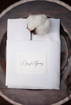 obsessed with this cotton in napkin detail!  via @Style Me Pretty