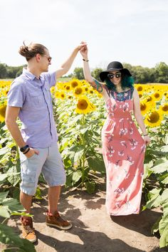 Newly engaged couple in the sunflower fields! Proposal Photography, Sunflower Fields, Photo Shoot, My Photos, Couples, Fall, Vintage, Fashion, Photoshoot