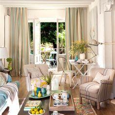 ¿Recibes mucho en casa? ¿Trabajas en el salón? La interiorista Cristina Pérez, de Thinking Home, comparte las claves de un salón perfecto para tus necesidades
