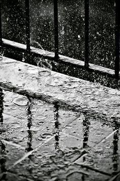 I love rainy days...