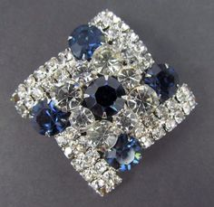 Vtg Prong Set Sapphire Blue & Clear Crystal Rhinestone Silver Brooch Pin