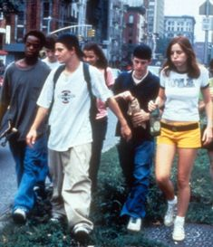 Larry Clarks Kids 1995 (click pic to shop baggy skater style) Amen Break, 90s Fashion, Street Fashion, Fashion Outfits, Cultura Rave, Mundo Hippie, Larry Clark, Need Friends, Thing 1