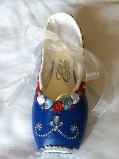 America's Sweetheart .... Decorated Pointe Shoe by JazzedUpPointes,