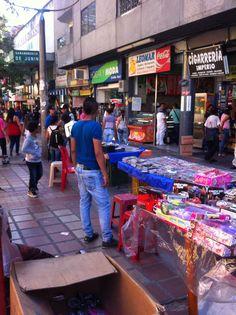Centro Medellin, desorden, alcaldía 2014