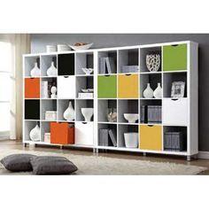 Completa la decoración de nuestros muebles de la serie kubox con estos Cajones de Diseño juvenil en colores muy vivos que harán que tus muebles de salón sean diferentes y dales un toque de color. Puede escoger entre varios colores: naranja, blanco, negro, verde y amarillo.