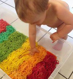Coloured spaghetti