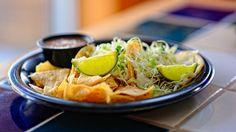 Tacos di pesce http://winedharma.com/it/dharmag/agosto-2014/tacos-di-pesce-con-ananas-e-mais-ricetta-messicana