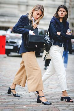 The Best Street Style At London Fashion Week SS18+ refinery29uk Chanel Street  Style 3bc2ca59cf