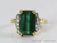 VINTAGE 22K YELLOW GOLD GREEN TOURMALINE & DIAMOND RING (SZ 6)