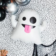 Cheers Witches Halloween Party Decorations    These fun and vibrant festive holiday decorations are PERFECT for upcoming Halloween parties, school parties, birthday parties, and all hollows eve!     Party supplies. decor, signs, balloons, garland, cake toppers, and much more!     CLICK NOW TO PURCHASE>>    #Halloween #partydecor #boo #withces #partysupplies Halloween Balloons, Halloween Banner, Halloween Party Decor, Halloween Cupcake Toppers, Halloween Kids, Halloween Ghosts, Mini Balloons, Birthday Balloons, Balloon Garland