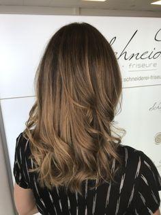 Soft balayage with milk shake hair color Soft Balayage, Shake, Curls, Hair Color, Milk, Long Hair Styles, Beauty, Brown Balayage, Shaving Machine