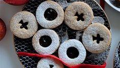 Malí rošťáci. Lineckého cukroví ze špaldové mouky plněné rumovými povidly Doughnut, Desserts, Food, Tailgate Desserts, Deserts, Essen, Postres, Meals, Dessert