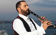 Hüsnü Şenlendirici dünyaca ünlü müzisyenleri Bergama'da ağırlıyor - Çınar Haber Ajansı