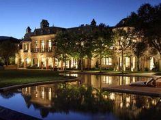 #TomBrady and #GiseleBundchen's California Estate >> http://www.frontdoor.com/photos/tour-the-$50-million-estate-of-tom-brady-and-gisele-bundchen?soc=pinterest