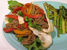 Thai Beef Pitas Recipe - Thai.Food.com - 169315 Pita Recipes, Thai Recipes, Asian Recipes, A Food, Food And Drink, Pita Bread, 30 Minute Meals, Lettuce Wraps, Main Dishes