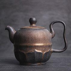 Ceramic Teapots, Ceramic Pottery, Ceramic Art, Lotus Tea, Chinese Tea, Novelty Items, Tea Accessories, Handmade Pottery, Drinkware