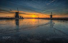 'Cold Morning' - Kinderdijk World Heritage, Dutch landscape