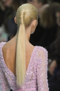 Love the sleek loooong pony. Trying this too;)!