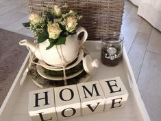 kitchen ideas – New Ideas Plant Crafts, Coffee Table Styling, Craft Night, Shabby, Diy Interior, Tray Decor, Decorating On A Budget, Cozy House, Flower Decorations