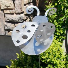 Items similar to Large Lady Bug Yard Stake on Etsy Diy Crafts Slime, Pvc Pipe Crafts, Metal Crafts, Metal Garden Art, Metal Art, Pop Can Art, Pop Can Crafts, Metal Sculpture Wall Art, Biscuit