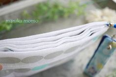 折り方の工夫で♪100均手ぬぐいで仕切りいっぱいの『身だしなポーチ』 : ~Caf'e fuu Manma~(かふぇ風まんま) Sewing Crafts, Blog, Blogging