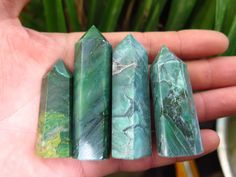 TOP!!! 136g RARE NATURAL green jade JASPER CRYSTAL POINT HEALING