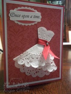 Not sure how it began, but I am a doily fan.    I saw a card (on a blog or somewhere that I can't remember) where they took a scalloped cir...