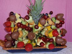 fruit bouquet I made for Memorial Day party.   http://figue-de-barbarie.blogspot.co.at/2013/08/la-figue-de-barbarie-un-remede-miracle.html