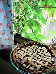 Perfect Tripleberry Pie cooling on the window sill!