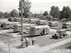 """Trailer park Each group of ten trailers in the FSA (Farm Security Administration) camp at Erie has a """"trailer service unit,"""" water faucet, slop sink, and garbage pail. Vintage Rv, Vintage Caravans, Vintage Travel Trailers, Vintage Campers, Slop Sink, Camping In Pennsylvania, California Beach Camping, Tin Can Tourist, Camper Trailers"""