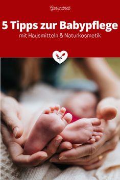 5 Tipps zur Babypflege mit Hausmitteln & Naturkosmetik | Koch mit Herz Baby Massage, Baby Baden, Holding Hands, Top, Healing, Organic Beauty, Home Remedies, Pregnancy, Health