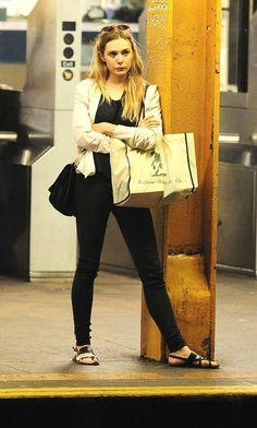 Elizabeth Olsen Waits For No Monorail Photo: Marquez/Splash News/Corbis