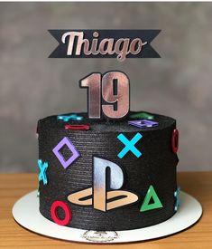 18th Birthday Cake For Guys, 13 Birthday Cake, Bithday Cake, Birthday Cakes For Teens, Teen Boy Cakes, Cakes For Boys, Pretty Cakes, Cute Cakes, Ps4 Cake