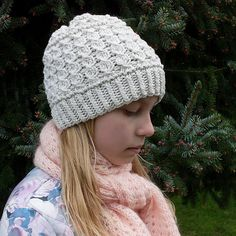Sweet Daisy Hat by Alla Saenko - FREE until April 23