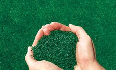 Rubber granules is a product made from waste rubber. After recycling, they are cut / crushed into particles having moderate size to serve the needs in the artificial grass football pitch, asphalt paving, garden.