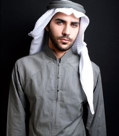 Toby, meaning My Thobe, is an aesthetic brand created by Hatem Alakeel that caters to not only all fashion-forward men but young ones too. Arab Fashion, Islamic Fashion, Mens Fashion, Middle Eastern Men, Indiana, Muslim Men, Arab Men, Bearded Men, Beautiful Boys