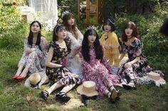 Gfriend 2019 Season's Greetings Behind Kpop Girl Groups, Korean Girl Groups, Kpop Girls, Jaehyun, Nct, Kim Ye Won, Gfriend Sowon, Cloud Dancer, Red Velvet Seulgi