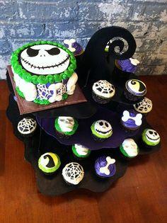 Nightmare Before Christmas Cake and Cupcake set up