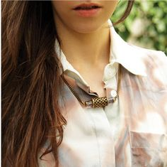 Ethical and eco-friendly street style: Amethyst necklace by A Peace Treaty, handcarved by artisans.