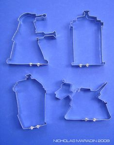 Amazing Doctor Who cookie cutters! I could use these to make cookies on the Doctor Who Anniversary! The Doctor, Serie Doctor, Nerd Love, My Love, Doctor Who Party, Don't Blink, Dalek, Time Lords, Geek Out