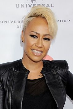 Singer Emeli Sande- Zambian father and Scottish mother Short Sassy Hair, Short Hair Cuts, Short Hair Styles, Short Curls, Short Black Hairstyles, Braided Hairstyles, Tapered Hair, Braids For Black Hair, Relaxed Hair