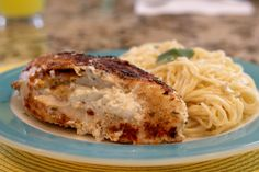 Feta Stuffed Chicken - this is one healthy meal that is packed with flavor!  Only 5 WW Points!  Loved the cream cheese/feta filling.