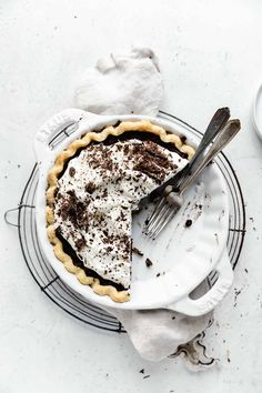 This fudgy chocolate pie topped with whipped cream is what silky, smooth chocolate dreams are made of. And thanks to DeLallo's Instant Espresso Powder this pie has an even deeper chocolate flavor #thanksgivingdesserts #bromabakery #piephotography #ad #chocolate desserts
