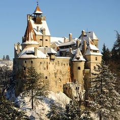 Take an Dracula tour in Transylvania, visit some of the most important landmarks connected to Vlad the Impaler. Some of the landmarks that you will visit are Sighisoara, the Poenari Citadel, Bran Castle, and Corvin Castle. Albania, Places To Travel, Places To Visit, Dracula Castle, Transylvania Romania, Transylvania Castle, Chateau Medieval, Romania Travel, Arquitetura