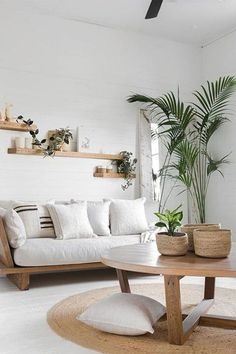 75 Smart Solution Small Apartment Living Room Decor Ideas to Feel Less Cramped Small Living Room Ideas Apartment Cramped Decor Feel Ideas Living Room Small Smart Solution Boho Living Room, Interior Design Living Room, Living Room Designs, Living Rooms, Cozy Living, Coastal Living, Coastal Style, Living Room Decor With Plants, Natural Living Room Furniture