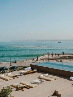 A modern hotel in Spain with a variety of levels dedicated to outdoor spaces and an infinity edge swimming pool. Outdoor Pool, Outdoor Spaces, Outdoor Living, Outdoor Decor, Design A Space, Restaurant Lounge, Simple Pictures, Interior Design Studio, Life Photography